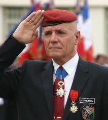 Le général piquemal avait été arrêté sans avoir causé de trouble, parce qu'il dérangeait.